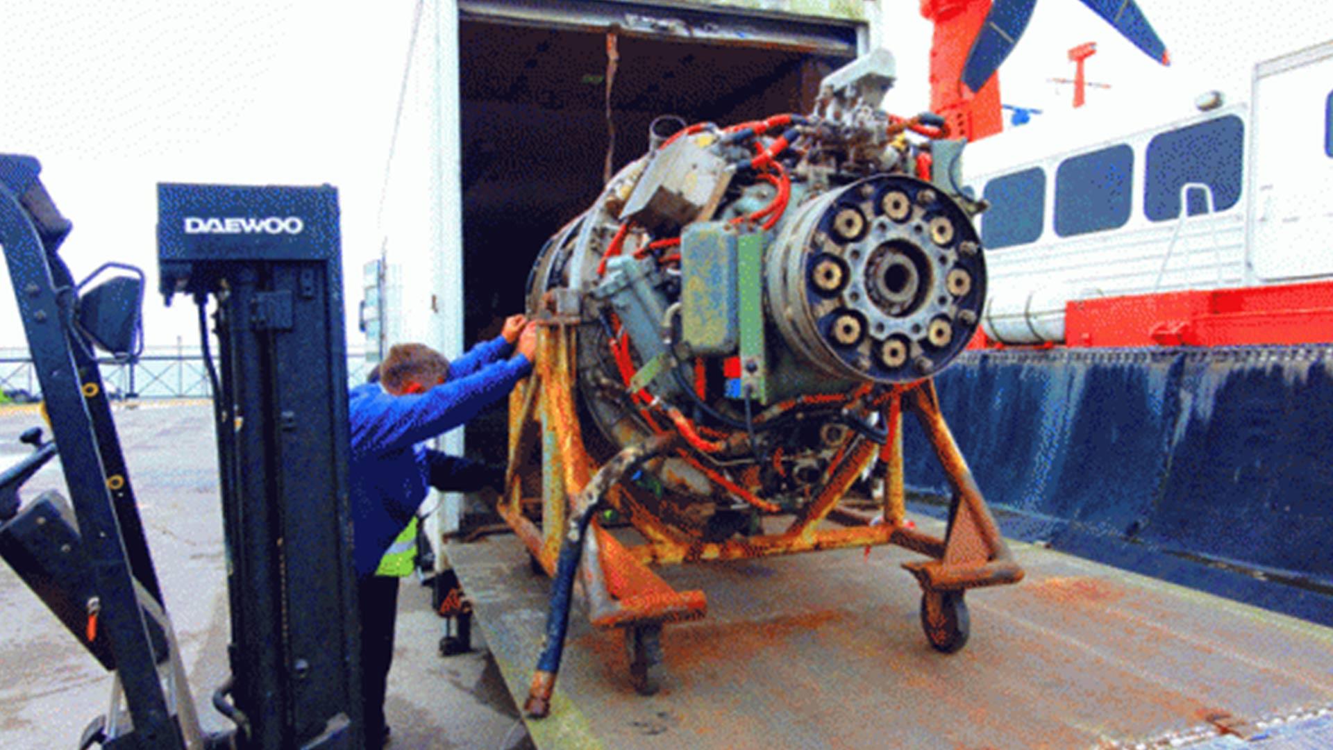 Engine-lift