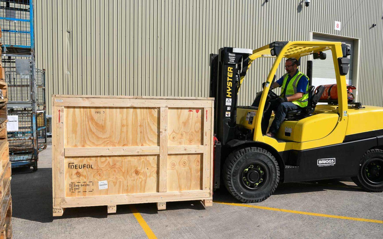 Forklift-large-box-services