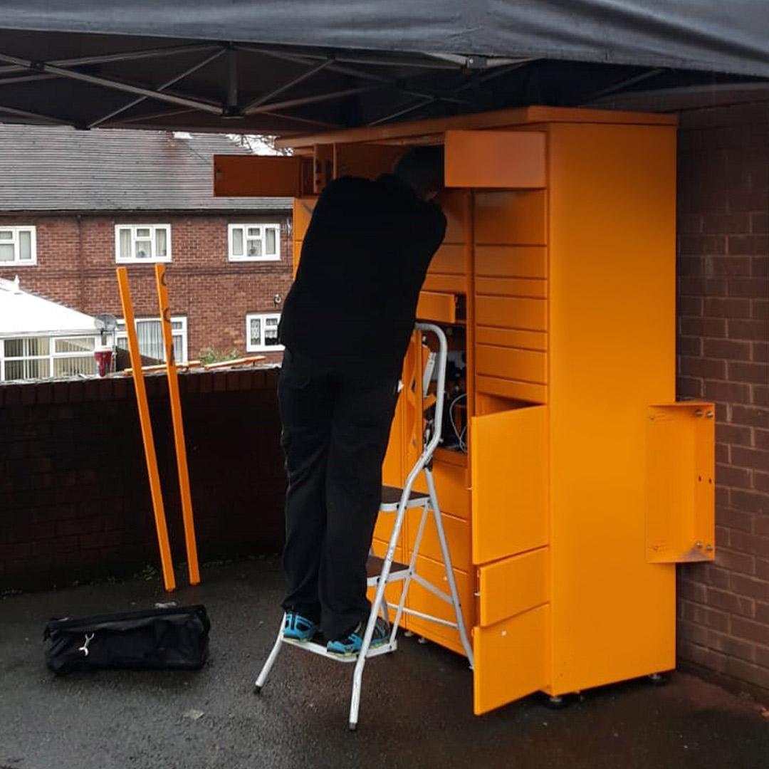amazon-locker-installation2