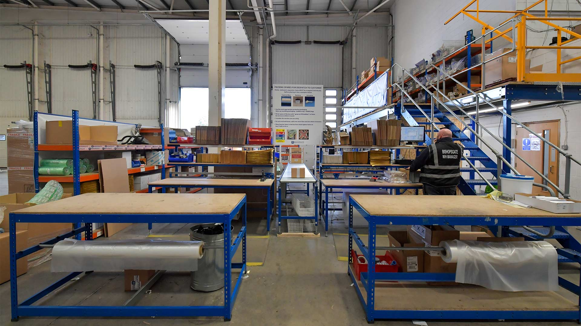 freight-warehouse-supply-chain2